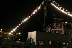 Charter am Abend